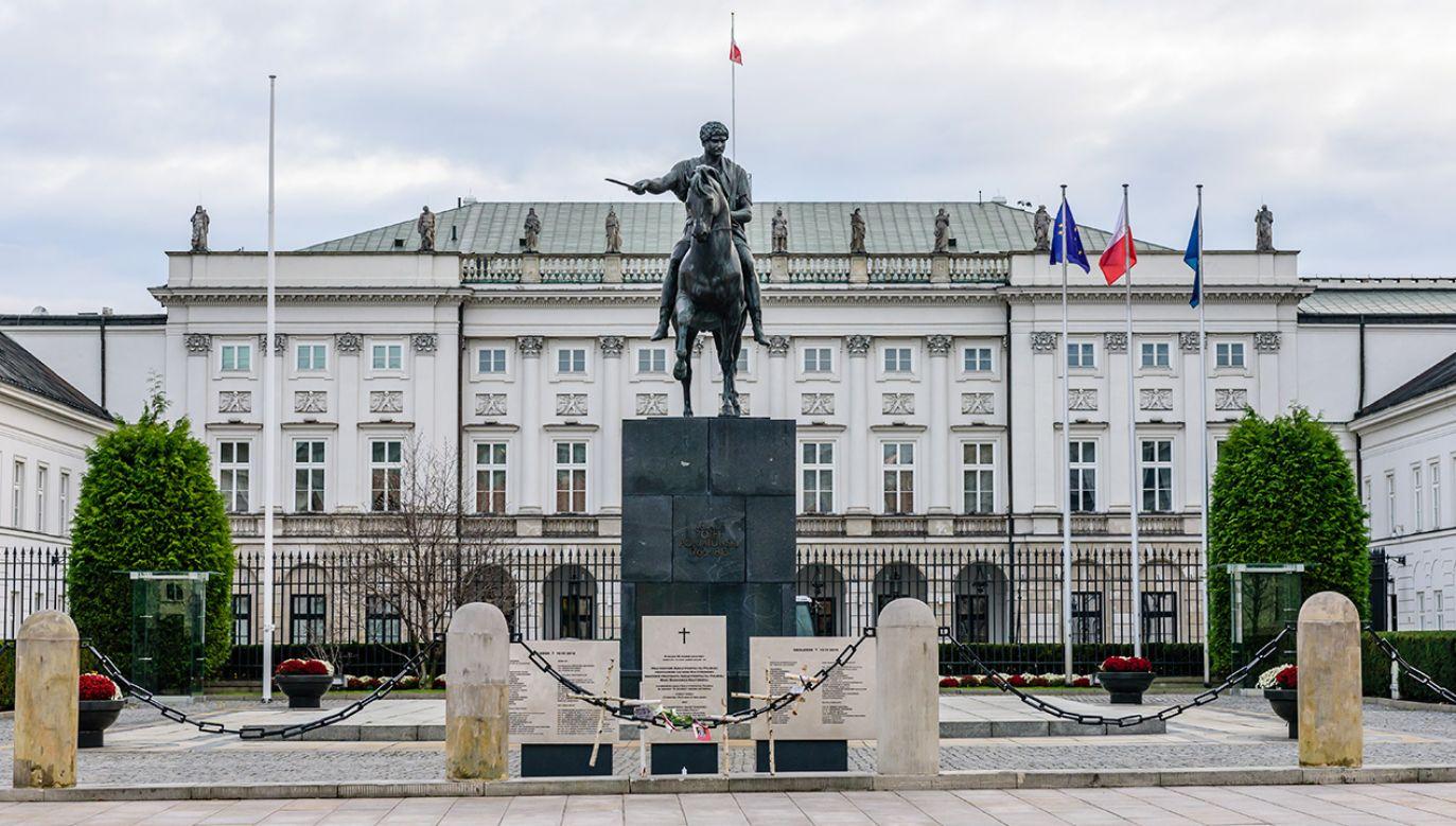 Kolejnych trzech kandydatów myśli o Pałacu Prezydenckim (fot. Shutterstock/RAndrei)