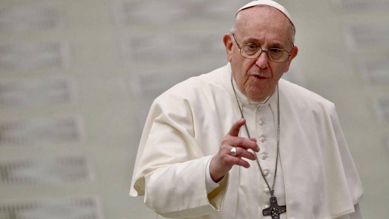 """Papież przyznał, że istnieje pokusa, by """"troszczyć się tylko o swoje interesy (fot. G.Galazka/Mondadori Portfolio/Getty Images)"""