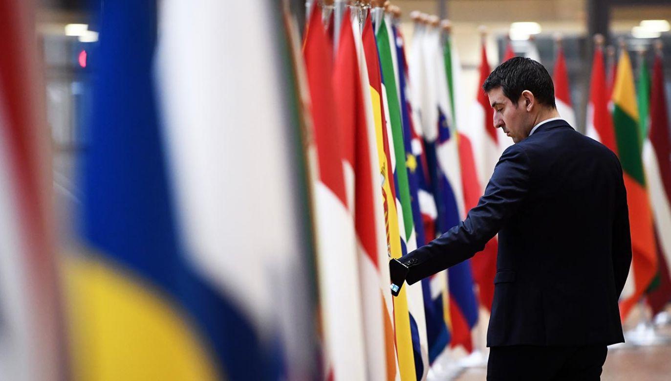 Przygotowania do szczytu Rady Europejskiej w Brukseli (fot. Carl Court/Getty Images)