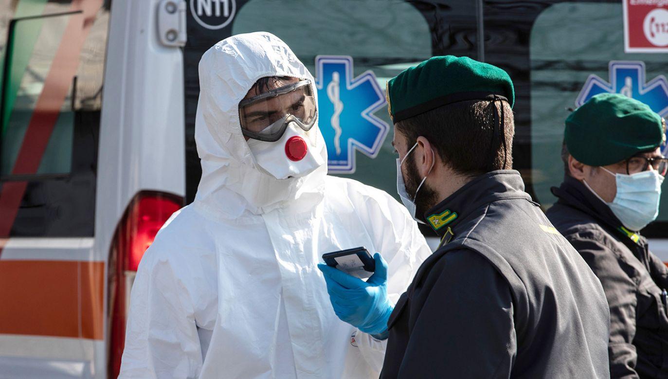Dotąd w kraju zarejestrowano 374 zakażeń (fot. Emanuele Cremaschi/Getty Images)
