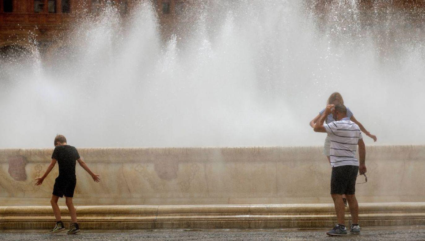 Termometry pokażą ponad 30 stopni Celsjusza (fot. PAP/EPA/Julio Muñoz)