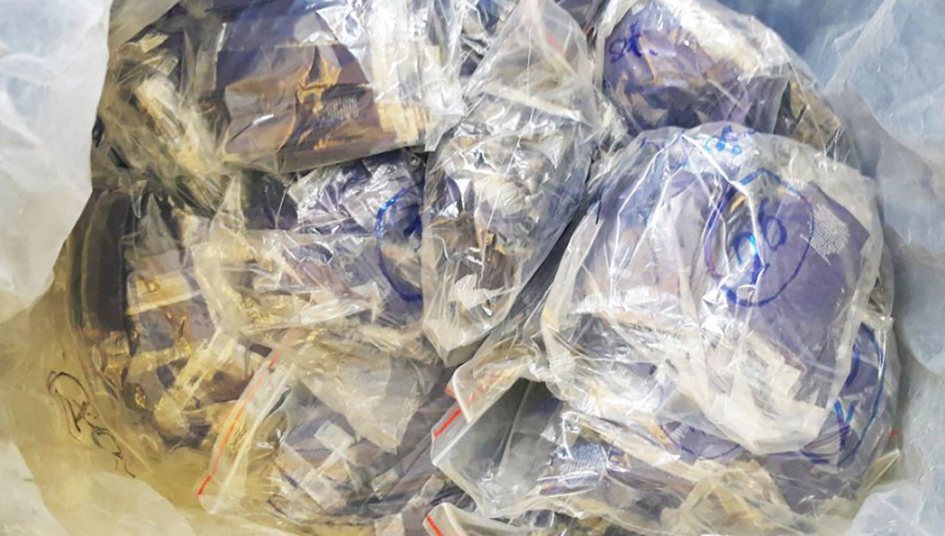 Zatrzymani gangsterzy mogli sprzedać blisko 50 kg narkotyków (fot. CBŚP, zdjęcie ilustracyjne)