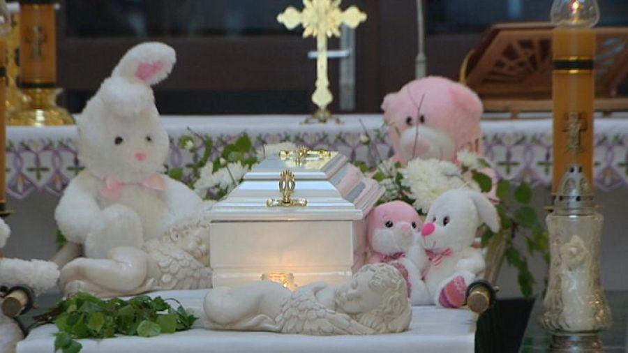 Wroclawianie Uczestniczyli W Pogrzebie Nieznanego Noworodka