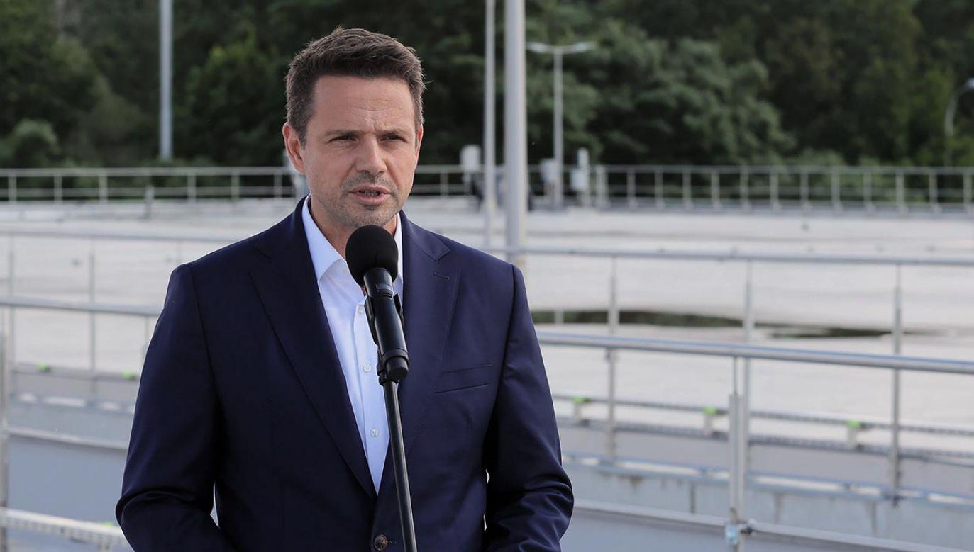 """""""Polityka historyczna Rafała Trzaskowskiego cofa nas o wiele lat"""" (fot. PAP/Paweł Supernak)"""