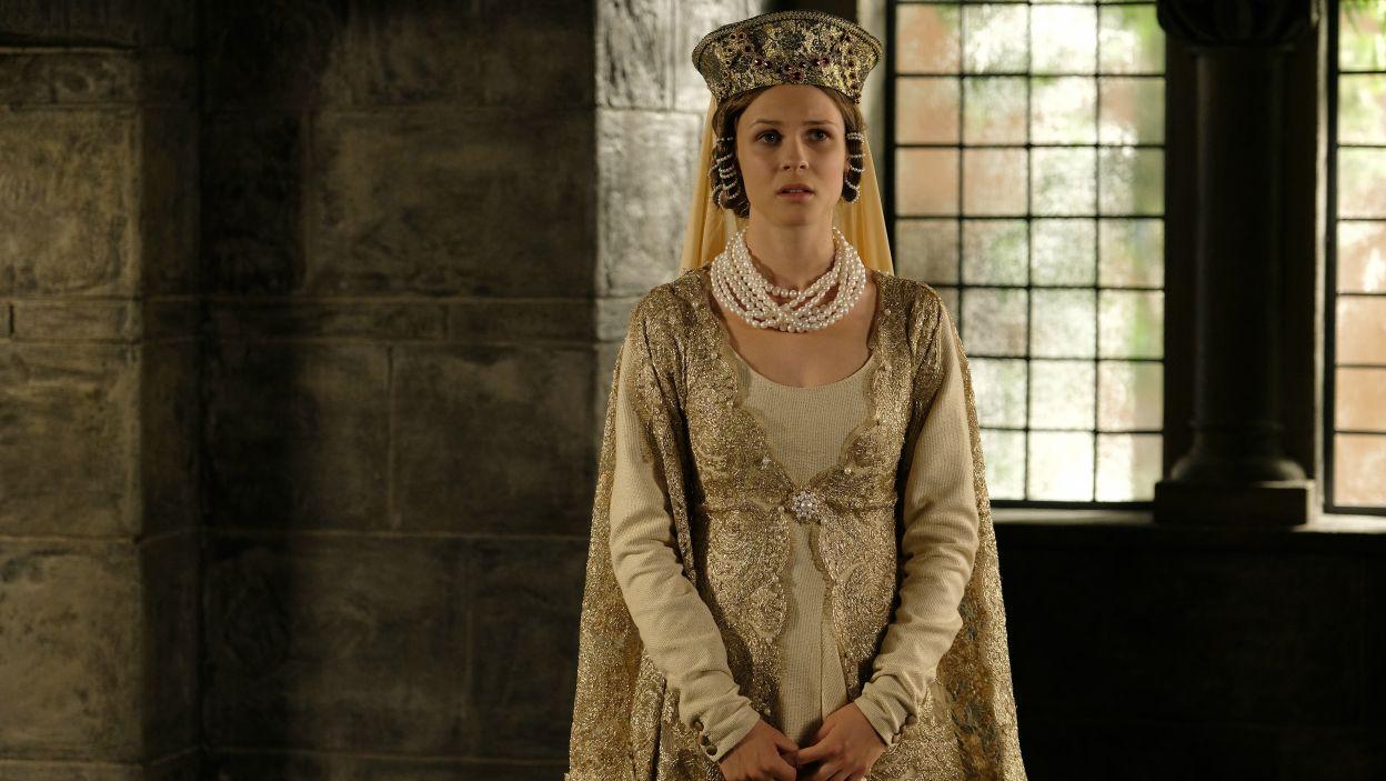 Czy widzowie pokochają nową królową równie mocno jak Annę? (fot. M. Makowski/TVP)