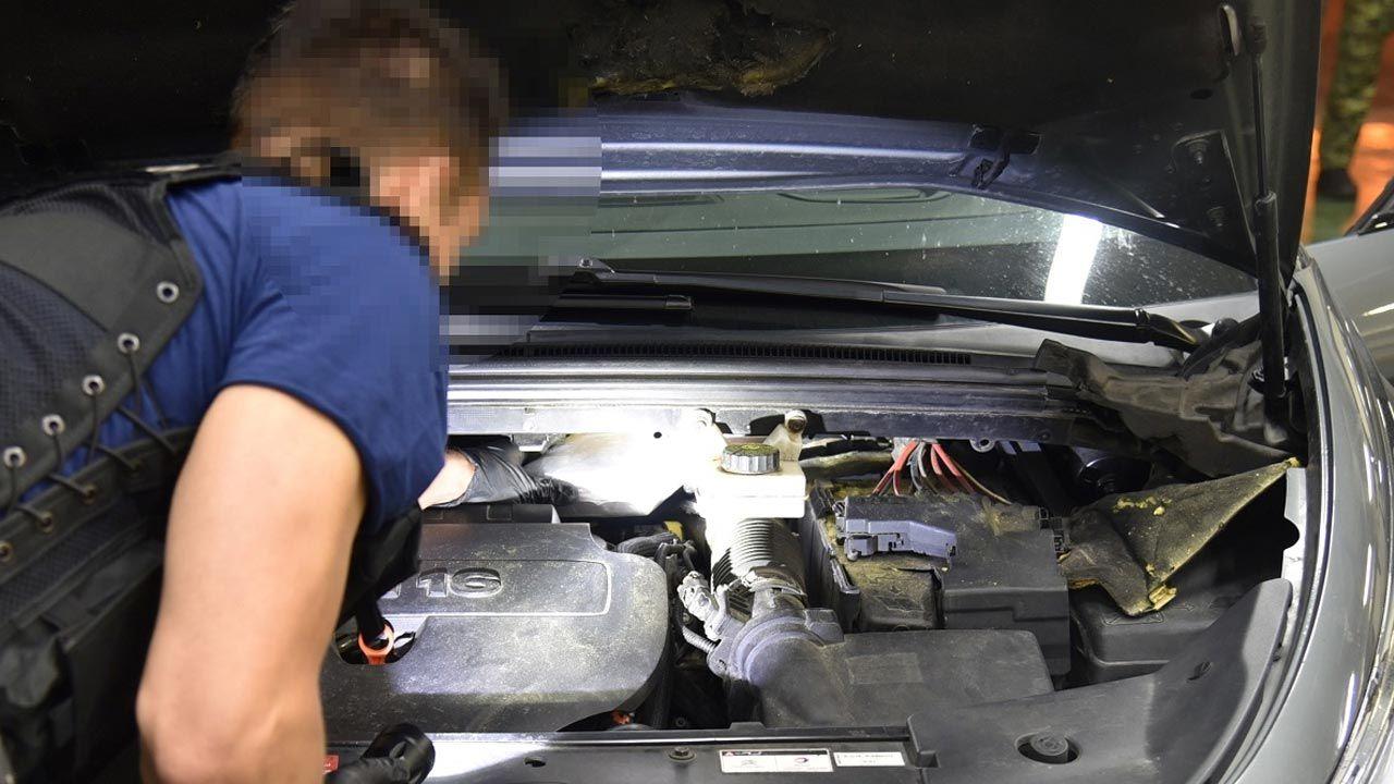 Pojazd skierowano do szczegółowej kontroli (fot. Podlaska Straż Graniczna)