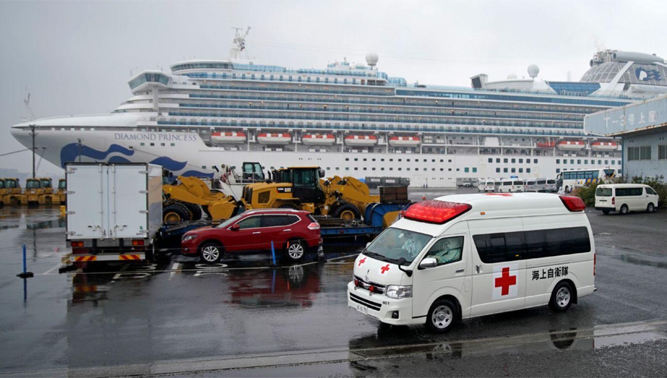 Na pokładzie wycieczkowca Diamond Princess znajduje się 3600 osób (fot. PAP/EPA/FRANCK ROBICHON)