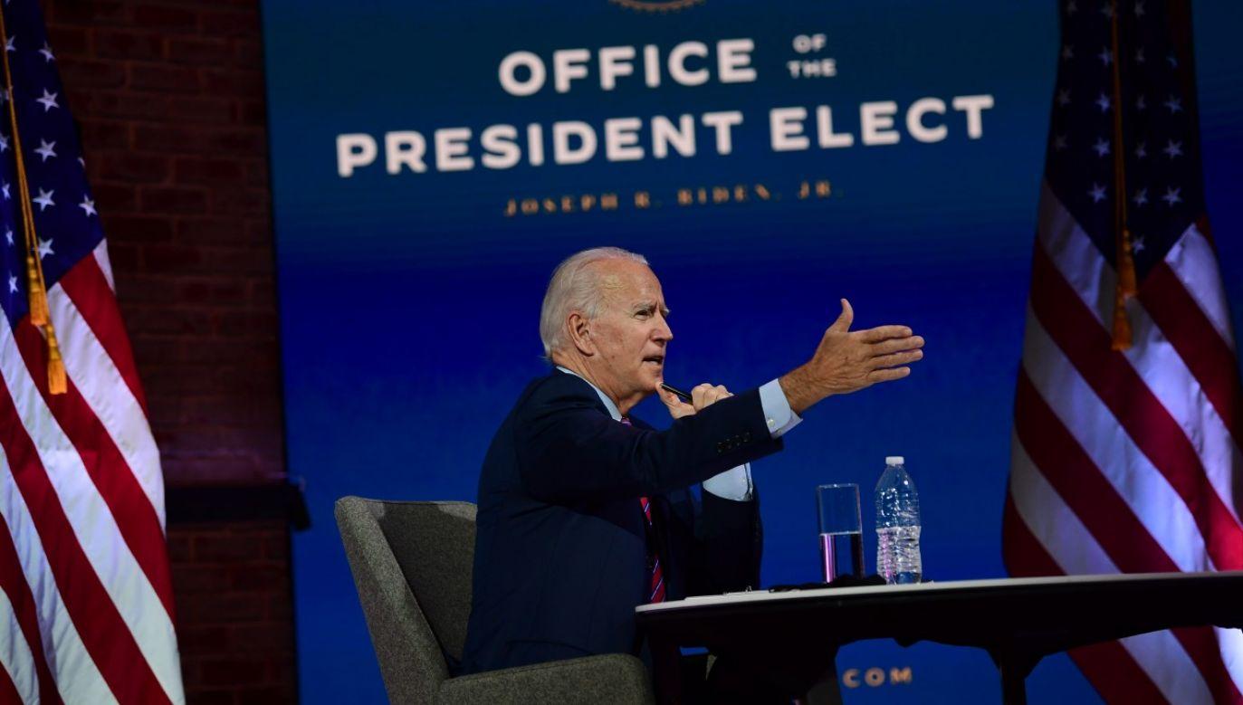 Prezydent-elekt Joe Biden rozpoczyna przejmowanie władzy prezydenckiej (fot. Mark Makela/Getty Images)