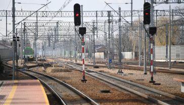 Prace w ramach Krajowego Programu Kolejowego (fot. PAP/Bartłomiej Zborowski)