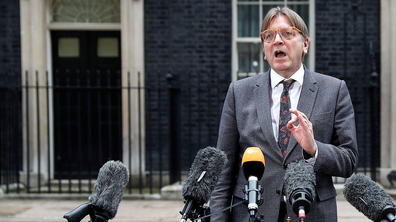 """""""W Europie jest piąta kolumna, która chce zniszczyć Europę i liberalną demokrację od wewnątrz"""" – obwieścił na Twitterze Verhofstadt (fot. REUTERS/Peter Nicholls)"""