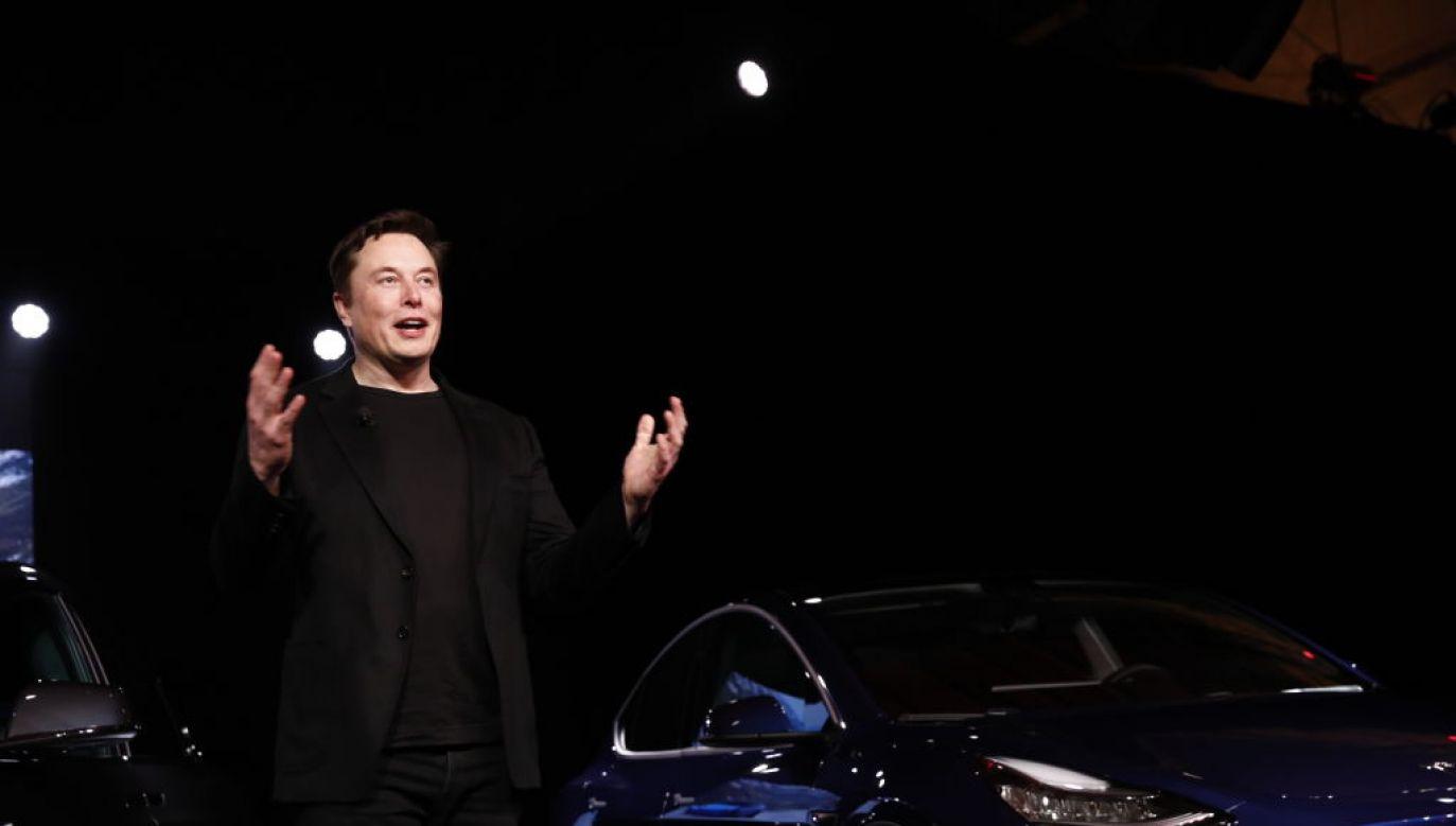 Elon Musk zajął siódme miejsce na liście najbogatszych ludzi na świecie (fot. Patrick T. Fallon/Bloomberg via Getty Images)