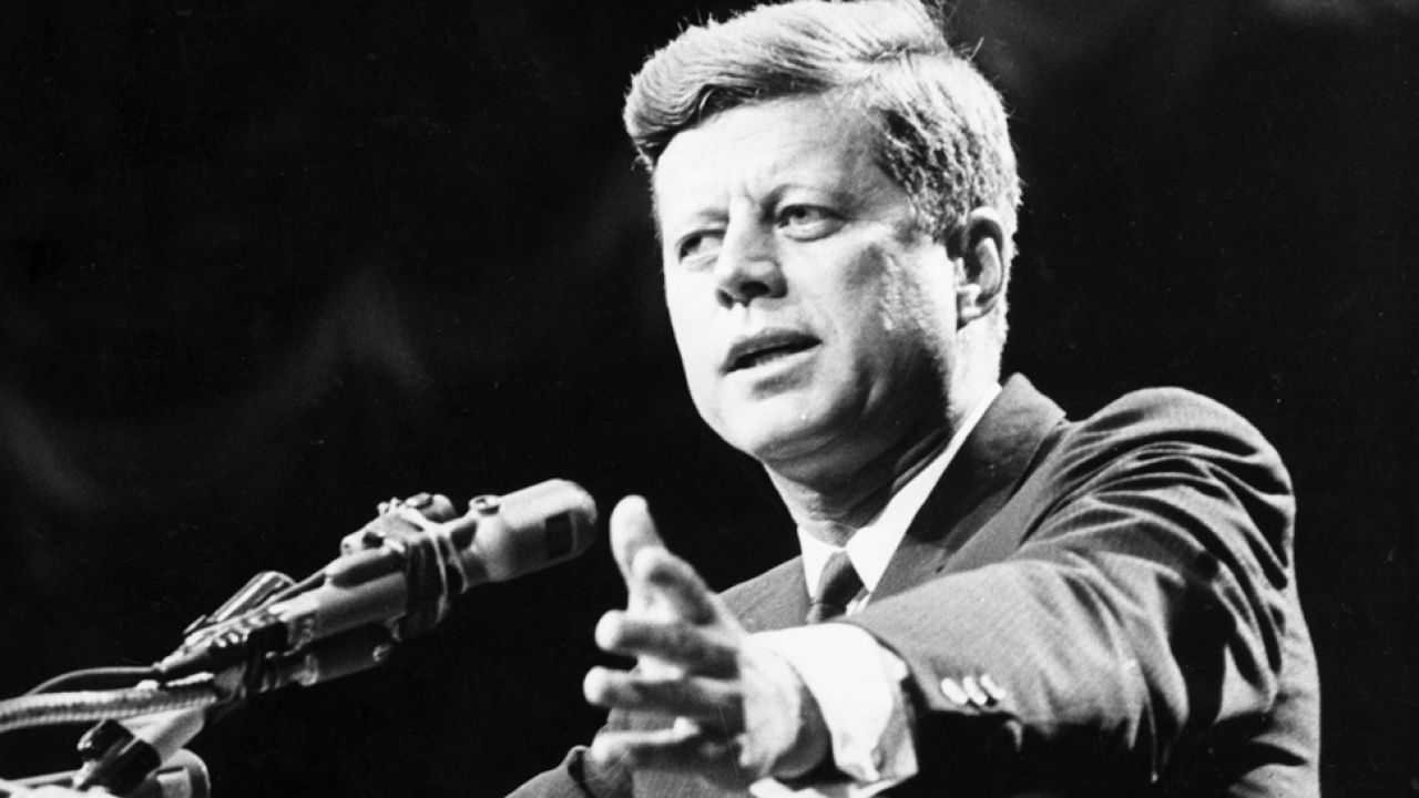 """Wszystkie dokumenty dotyczące śmierci """"JFK"""" zostą odtajnione  (fot. Central Press/Getty Images)"""