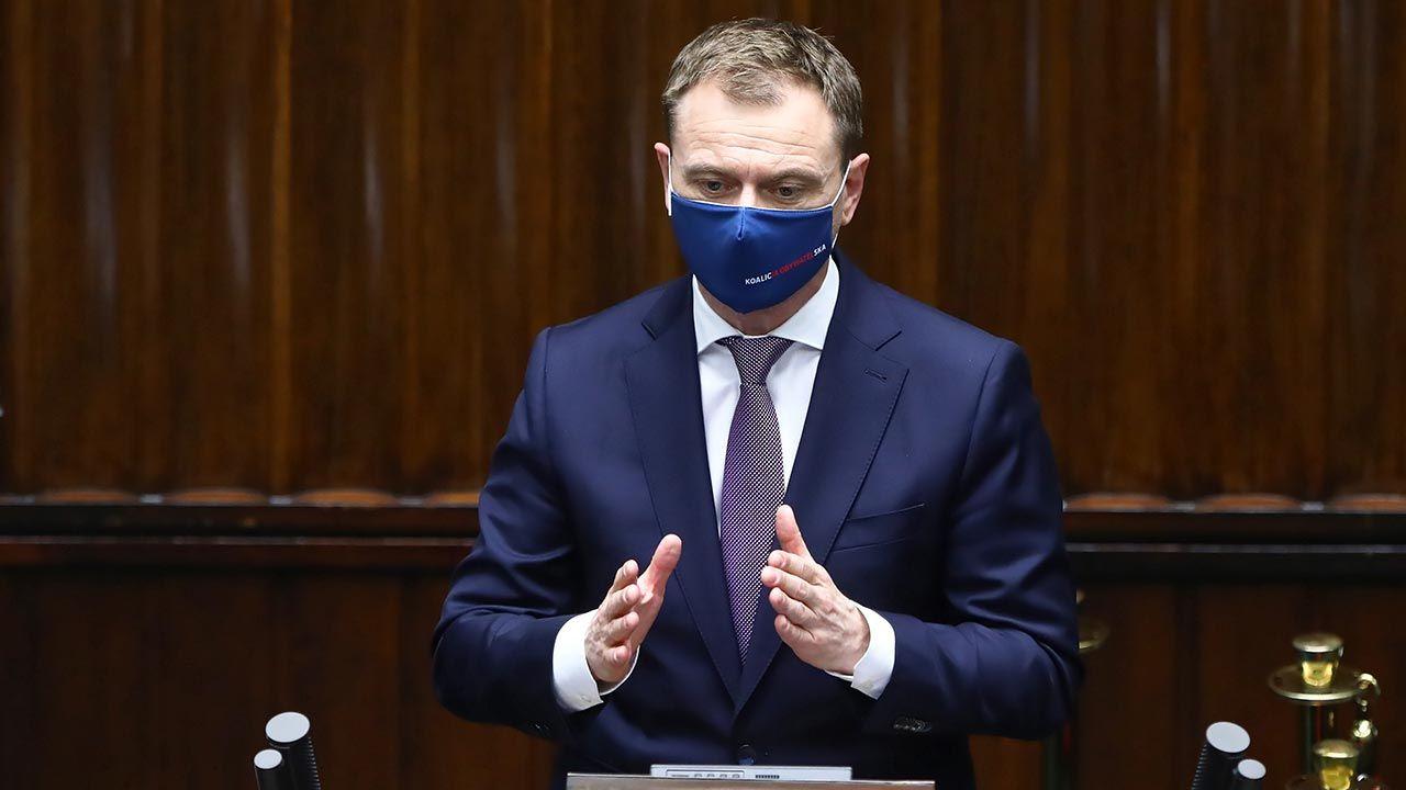 Sławomir Nitras po raz kolejny udowodnił, że manierami jest na bakier (fot. PAP/Rafał Guz)