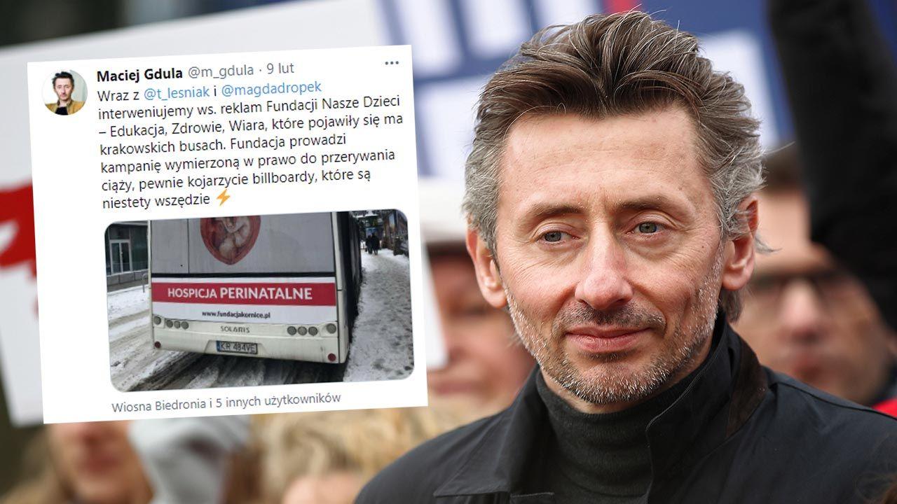 Poseł Maciej Gdula z Lewicy walczy z plakatami pro-life (fot. PAP/Łukasz Gągulski)
