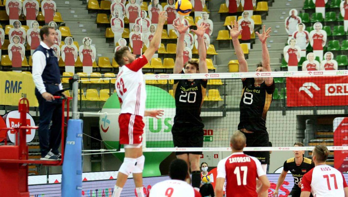 Mecz odbył się bez udziału publiczności (fot. PAP/Lech Muszyński)