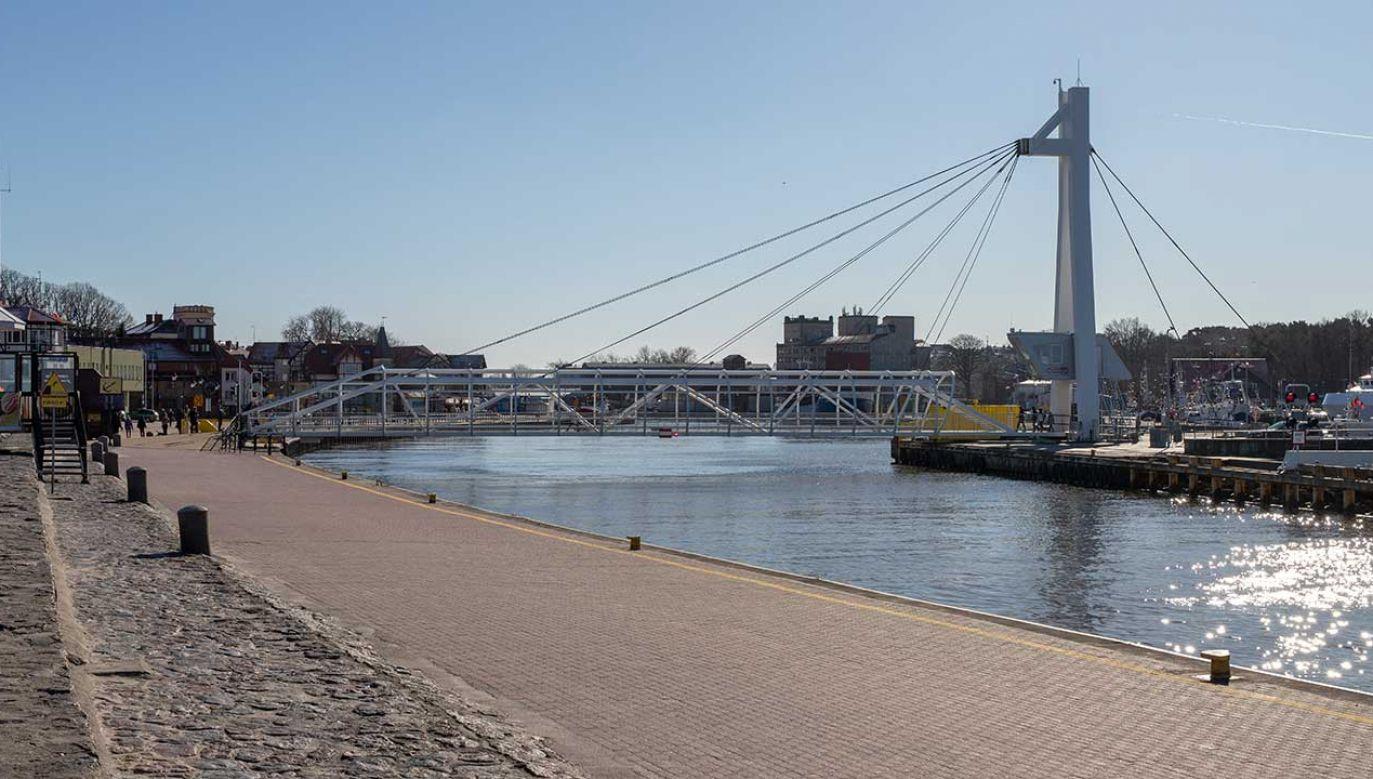 Makabryczne odkrycie w kanale portowym w Ustce (fot. Shutterstock/Piotr Wytrazek)