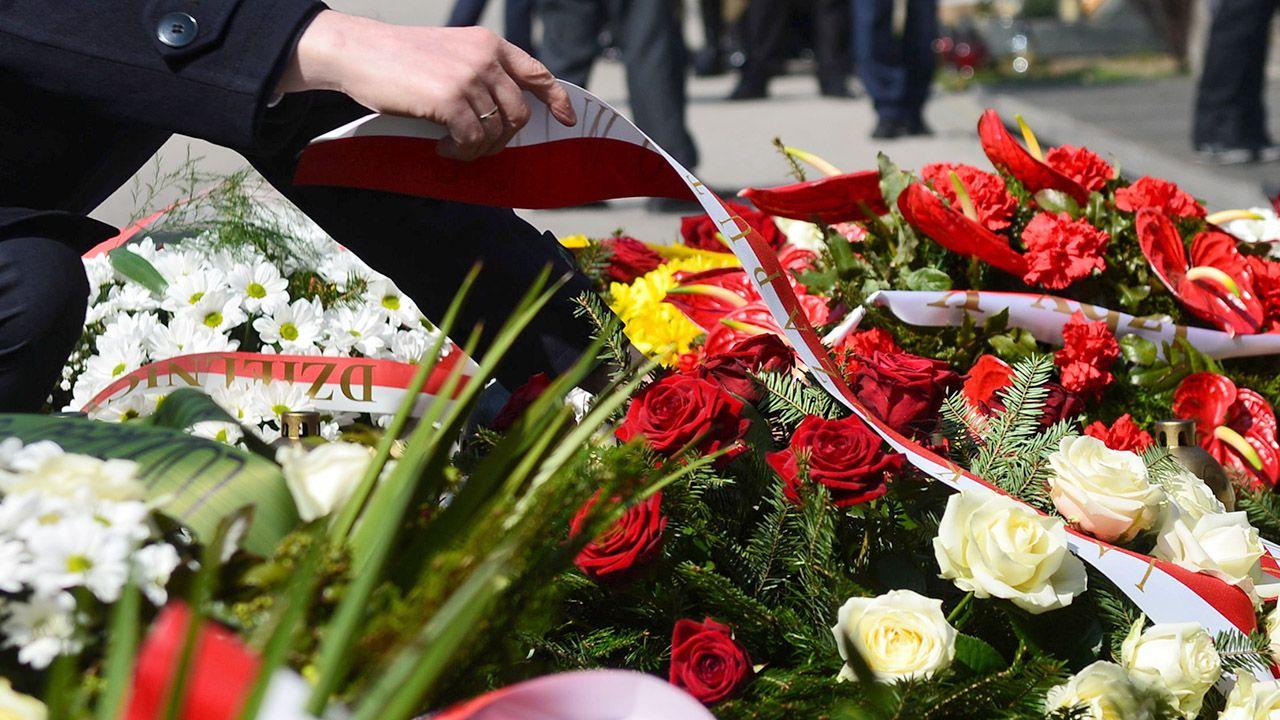W ceremonii uczestniczyli przedstawiciele polskiej dyplomacji (fot. arch.PAP/Jakub Kamiński, zdjęcie ilustracyjne)