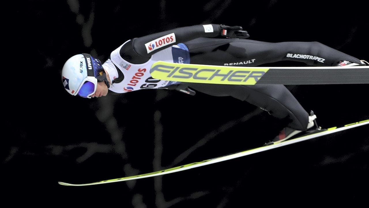 Stoch, trzykrotny mistrz olimpijski, skoczył zdecydowanie najdalej (fot. PAP/Grzegorz Momot)