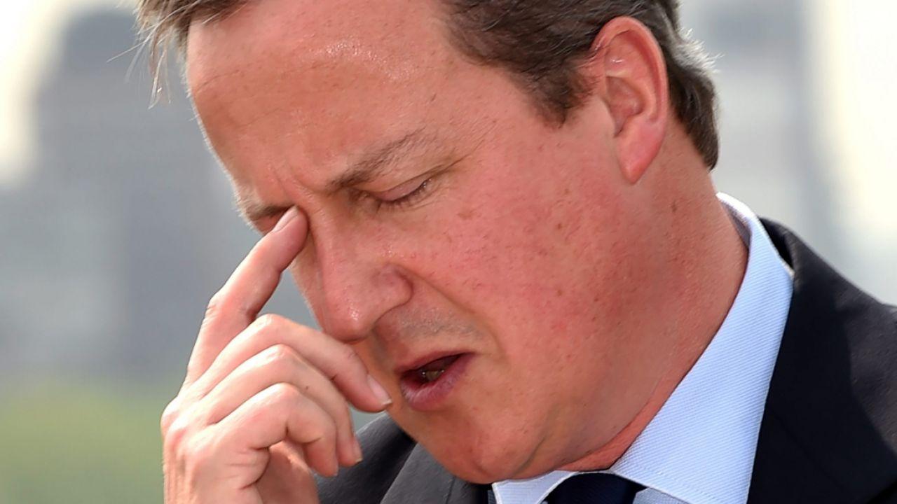 Brytyjski premier David Cameron (fot. PAP/EPA/FACUNDO ARRIZABALAGA)