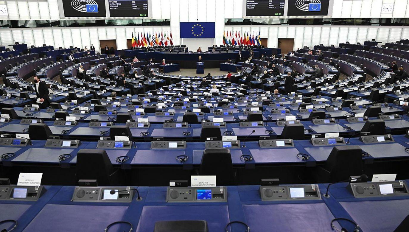 PE przyjął rezolucję o Polsce (fot. PAP/EPA/FREDERICK FLORIN / POOL)