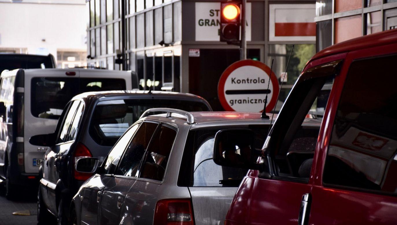 W związku z obecną sytuacją epidemiczną obywatele Ukrainy nie mogą przyjeżdżać do Polski (fot. Straż Graniczna Bieszczadzki Oddział w Medyce)
