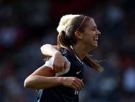 Alex Morgan strzeliła dwa gole w pierwszym spotkaniu (fot. Getty Images)