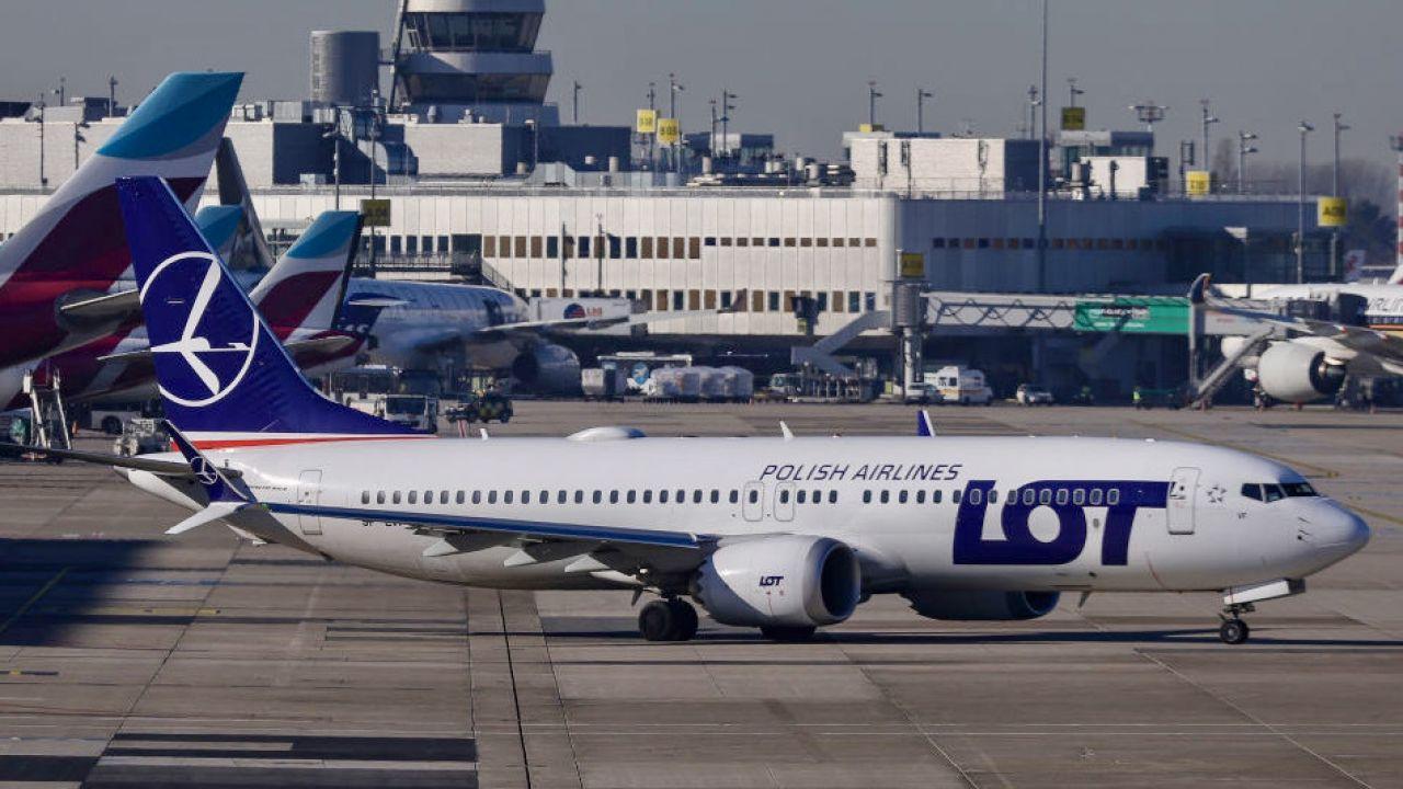 LOT rejestruje średnio dwa poważne incydenty na każde 100 tys. operacji lotniczych (fot. N.Economou/Nur/Getty Images)