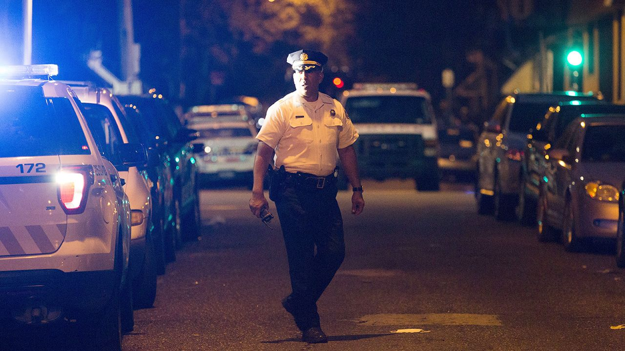Motywy obu strzelanin nie są jasne (fot. Rachel Wisniewski/Anadolu Agency/Getty Images)