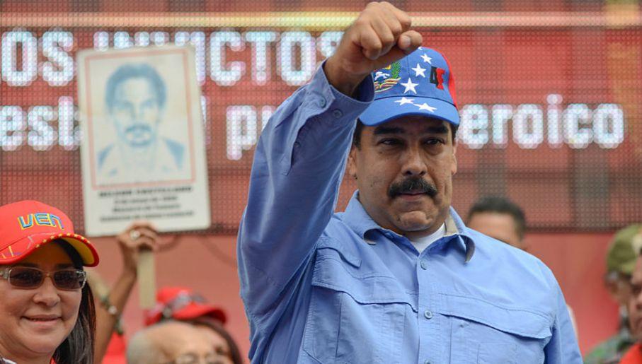 Prezydent Wenezueli Nicolas Maduro apelował do kobiet, żeby nie używały suszarek (fot. Carlos Becerra/Anadolu Agency/Getty Images)