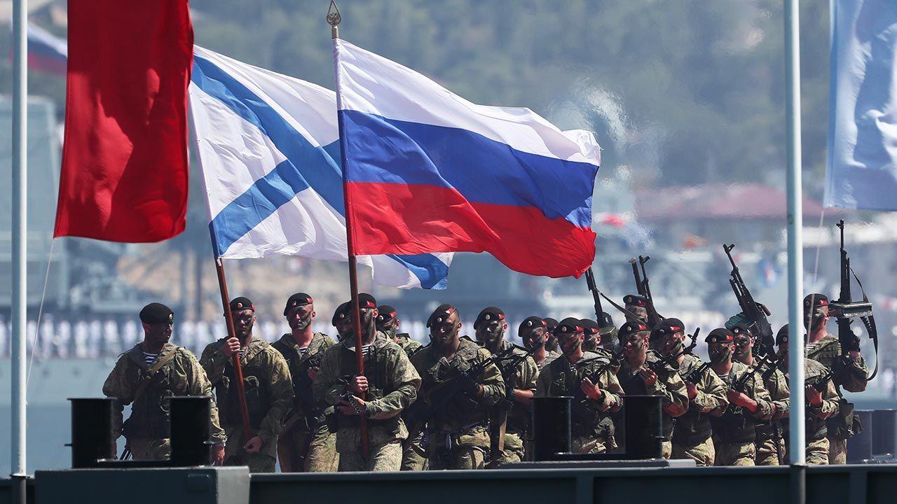 Decyzję ws. sankcji muszą jeszcze potwierdzić ministrowie 27 krajów (fot. Dmitry Feoktistov\TASS via Getty Images)