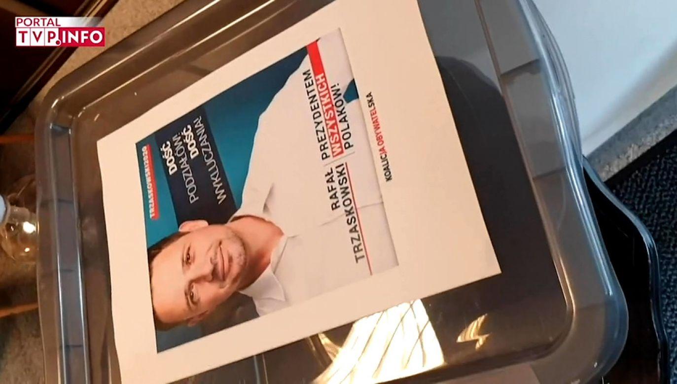 W ostatnim czasie również do portalu tvp.info docierały informacje o zbieranych podpisach dla Rafała Trzaskowskiego (fot. TVP Info)