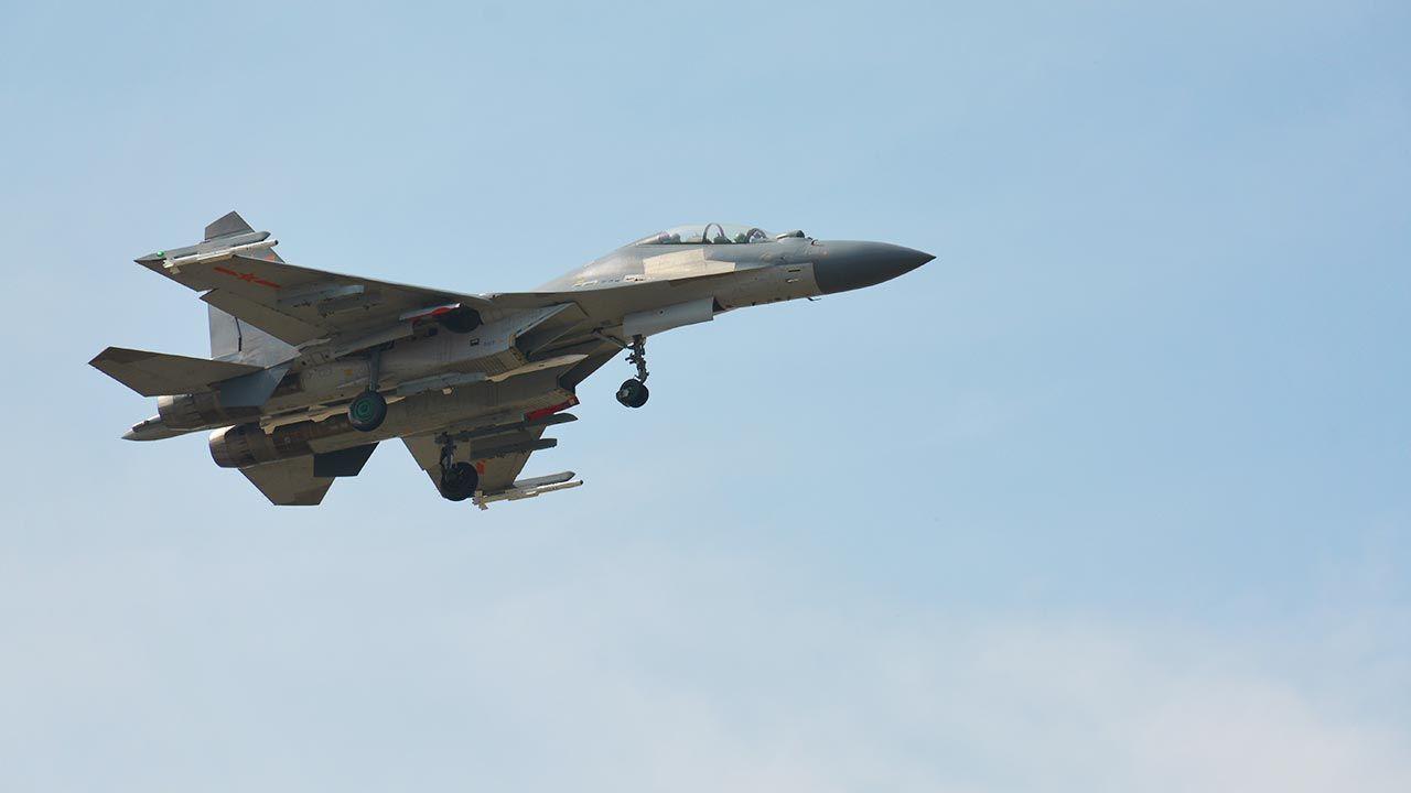 Samoloty ChRL naruszyły strefę identyfikacji obrony powietrznej Tajwanu (fot. Shutterstock/Dave Colman)