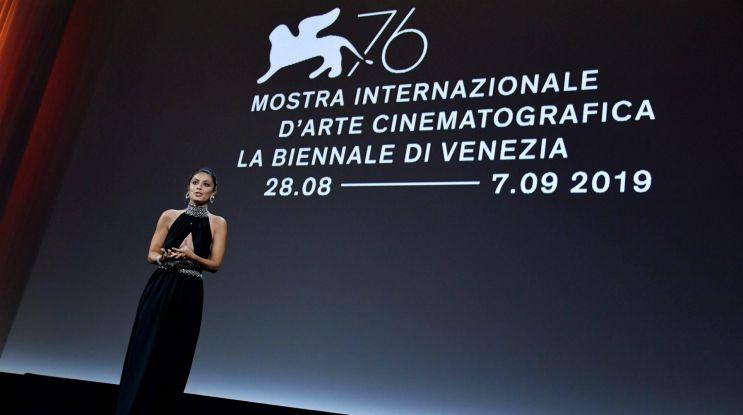 Wenecja: mniej filmów, ale zgodnie z planem i w salach kinowych