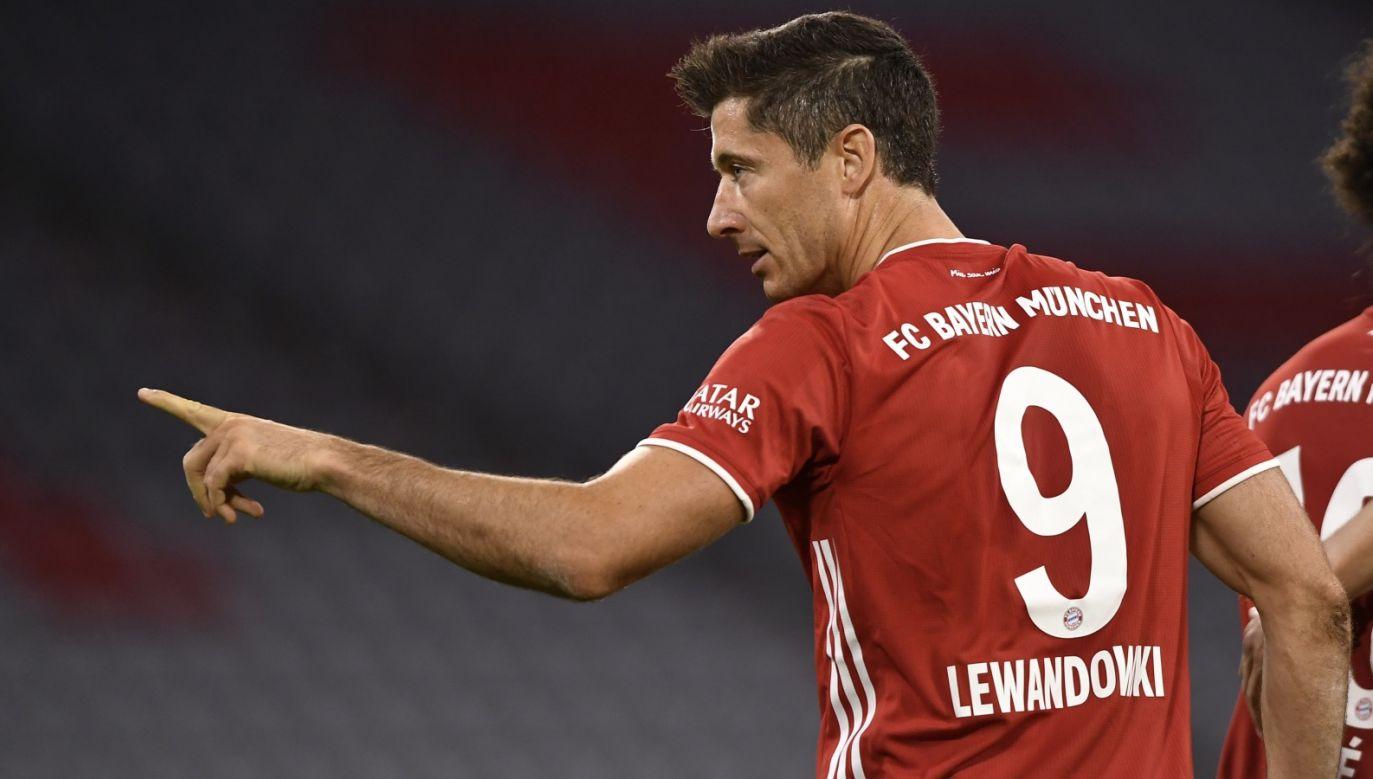 Tak Robert Lewandowski cieszył sięz premierowego gola w sezonie 2020/1 (fot. PAP/EPA/LUKAS BARTH-TUTTAS)
