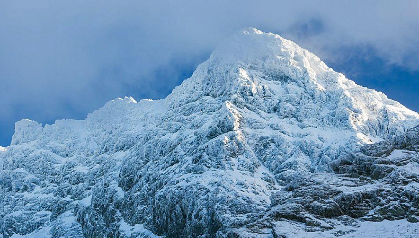 Po obfitych opadach śniegu obowiązuje drugi stopień zagrożenia lawinowego (fot. Wikimedia/mywildside.pl)