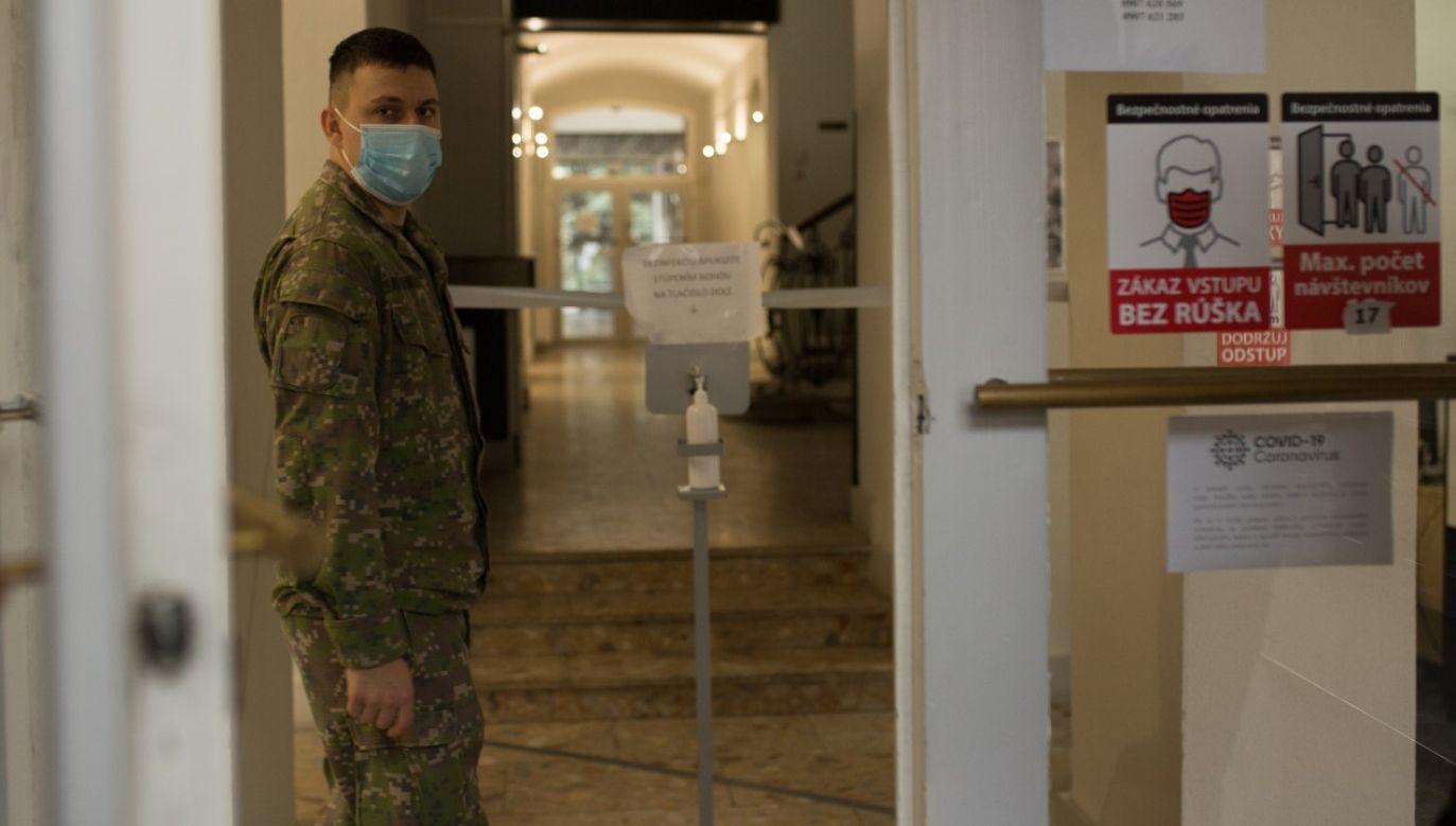 Słowackie służby zapowiadają zaostrzone kontrole (fot. Zuzana Gogova/Getty Images)