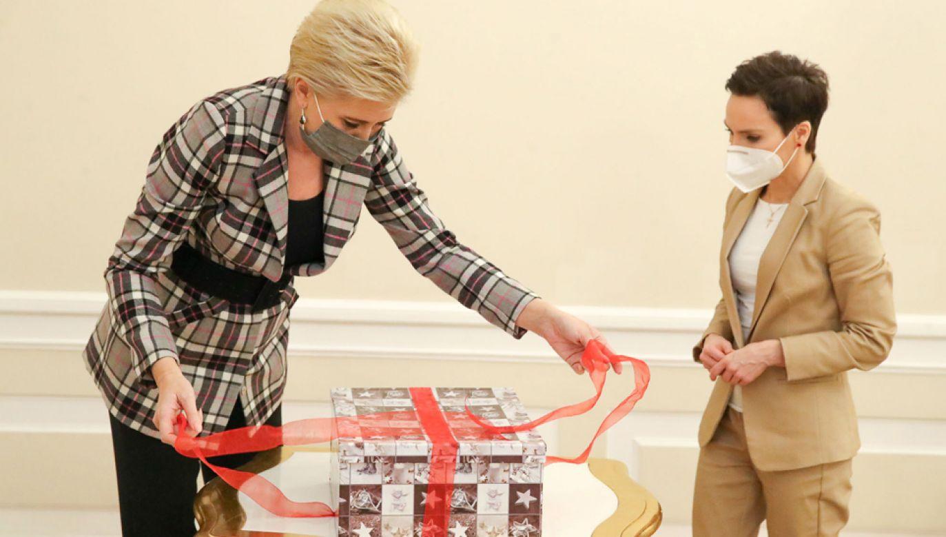 Pierwsza dama już po raz szósty wspiera inicjatywę swoim patronatem i podarunkami (fot. KPPR/Grzegorz Jakuboski)