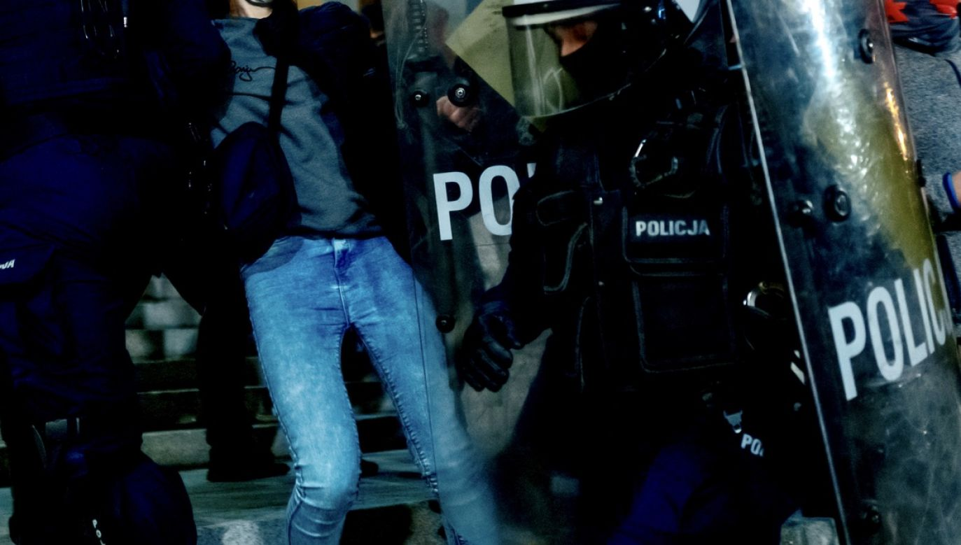 Zatrzymani tarnogórzanie mają 17 i 18 lat (fot. PAP/Andrzej Grygiel, zdjęcie ilustracyjne)