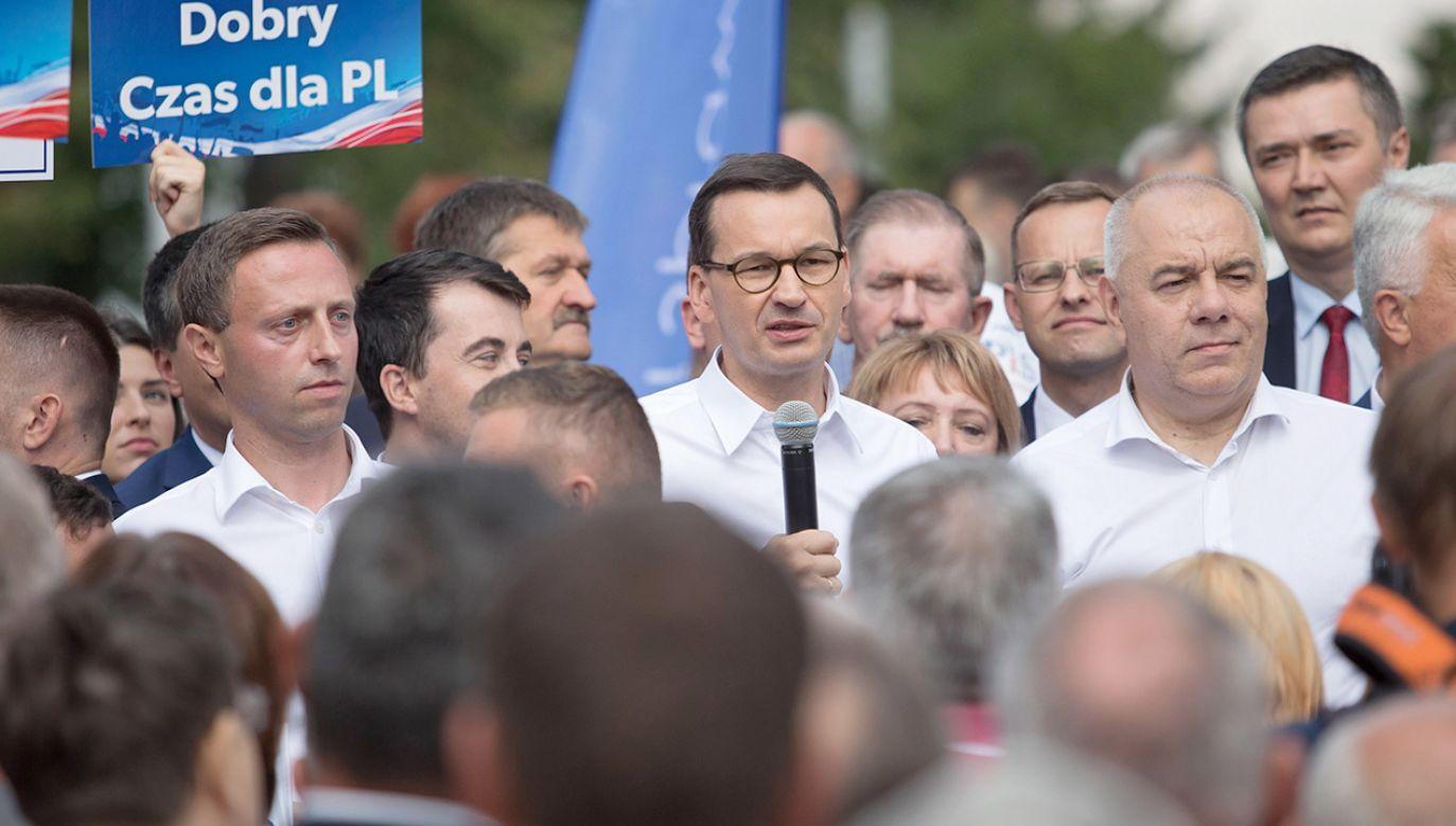 Mateusz Morawiecki spotkał się z wyborcami w Biłgoraju (fot. PAP/Wojtek Jargiło)