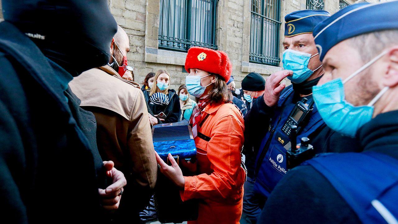 Belgijski rząd zapowiedział przywrócenie od soboty ścisłego lockdownu (fot. PAP/EPA/STEPHANIE LECOCQ)