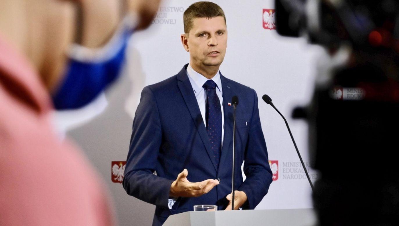 Minister edukacji Dariusz Piontkowski mówił o sytuacji po 1 września (fot. PAP/Mateusz Marek)