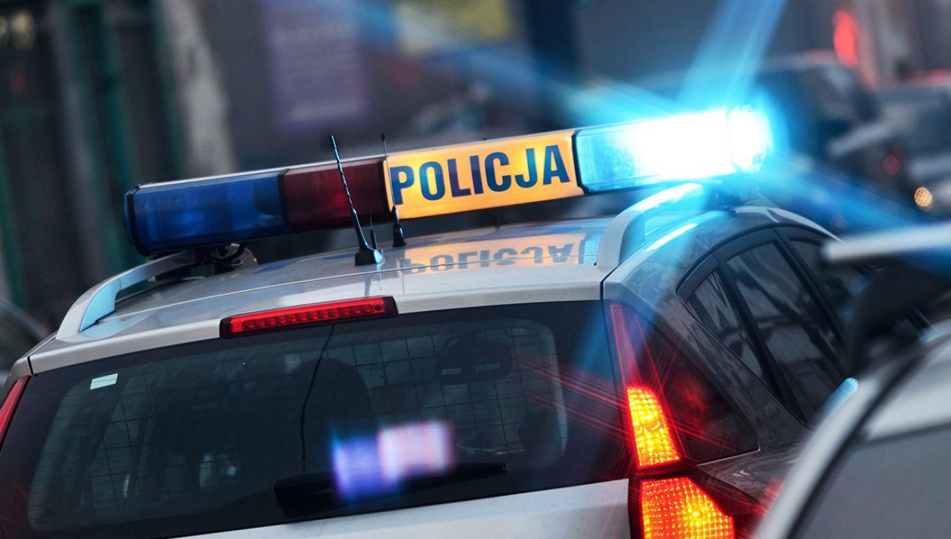 O zdarzeniu policjanci zostali zawiadomieni przez rodzinę zmarłego (fot. Shutterstock/whitelook)