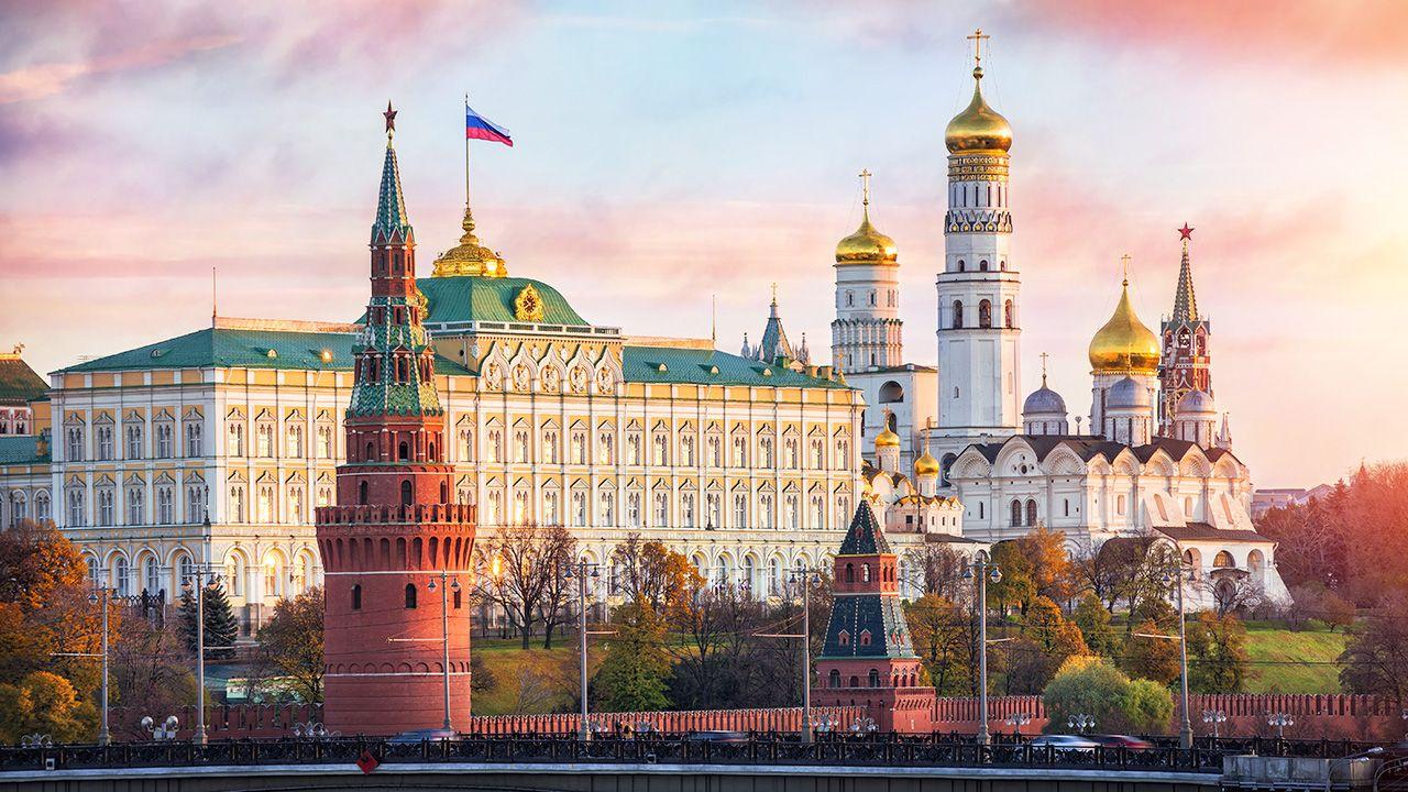 Rosyjska kampania ma zaostrzyć panikę w zgodzie z szerszym podejściem działań Kremla nakierowanych na podważenie funkcjonowania europejskiego społeczeństwa (fot. Shutterstock/Baturina Yuliya)