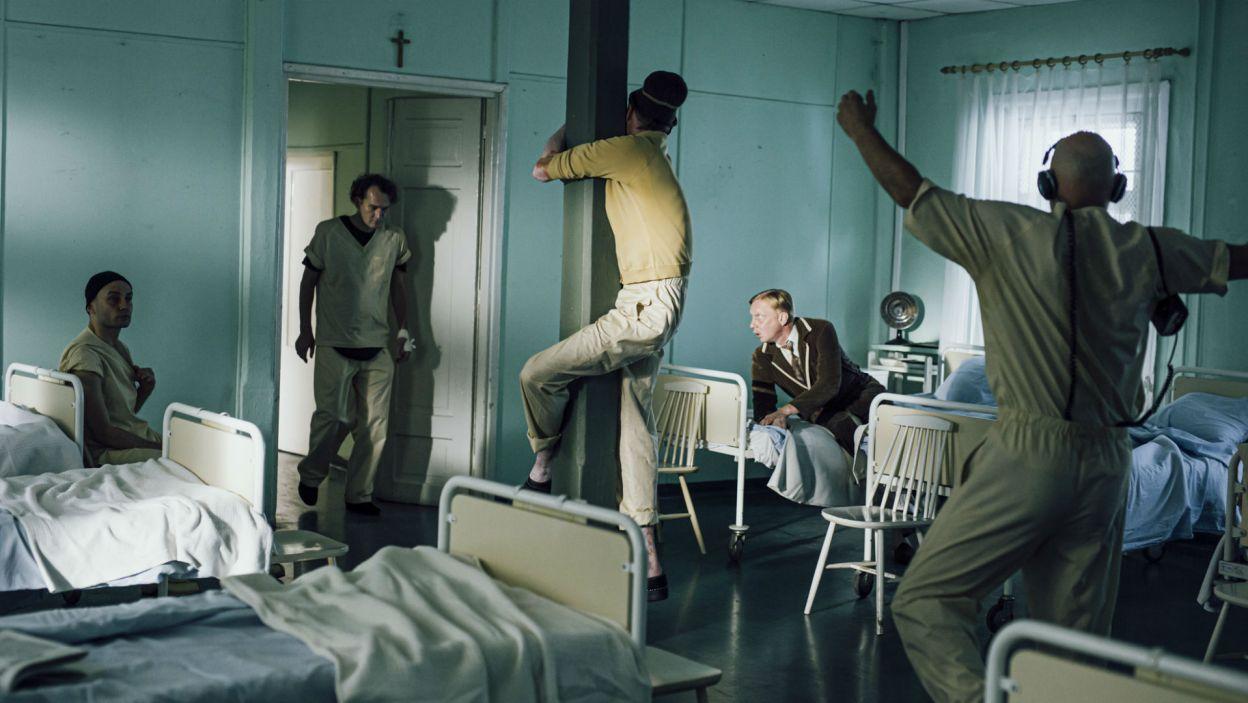 Jego pacjenci marzą o ucieczce od codzienności... (fot. Stanisław Loba)