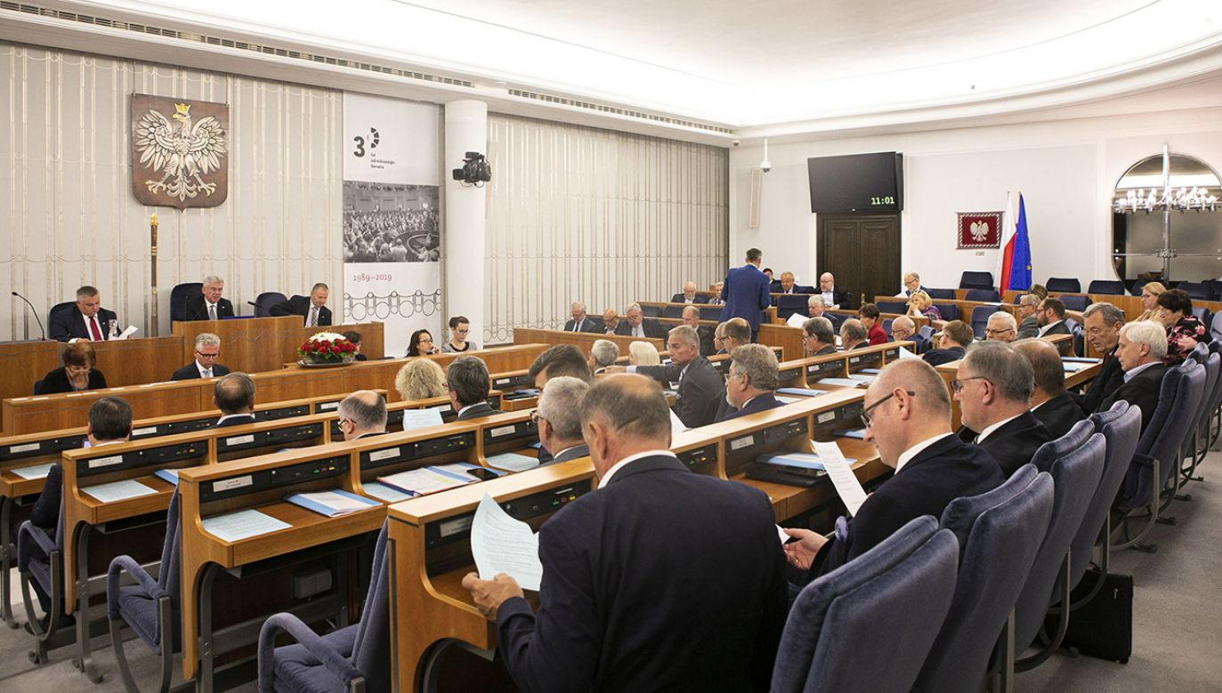 Politycy Zjednoczonej Prawicy obawiają się, że Senat, w którym większość ma opozycja zamieni się w polityczny bat na rząd PiS-u. (fot. M. Marchlewska - Kancelaria Senatu)