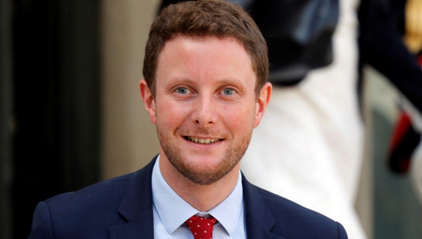 Sekretarz stanu ds. europejskich Clément Beaune jest członkiem partii La République en marche Emmanuela Macrona (fot. REUTERS/Philippe Wojazer)
