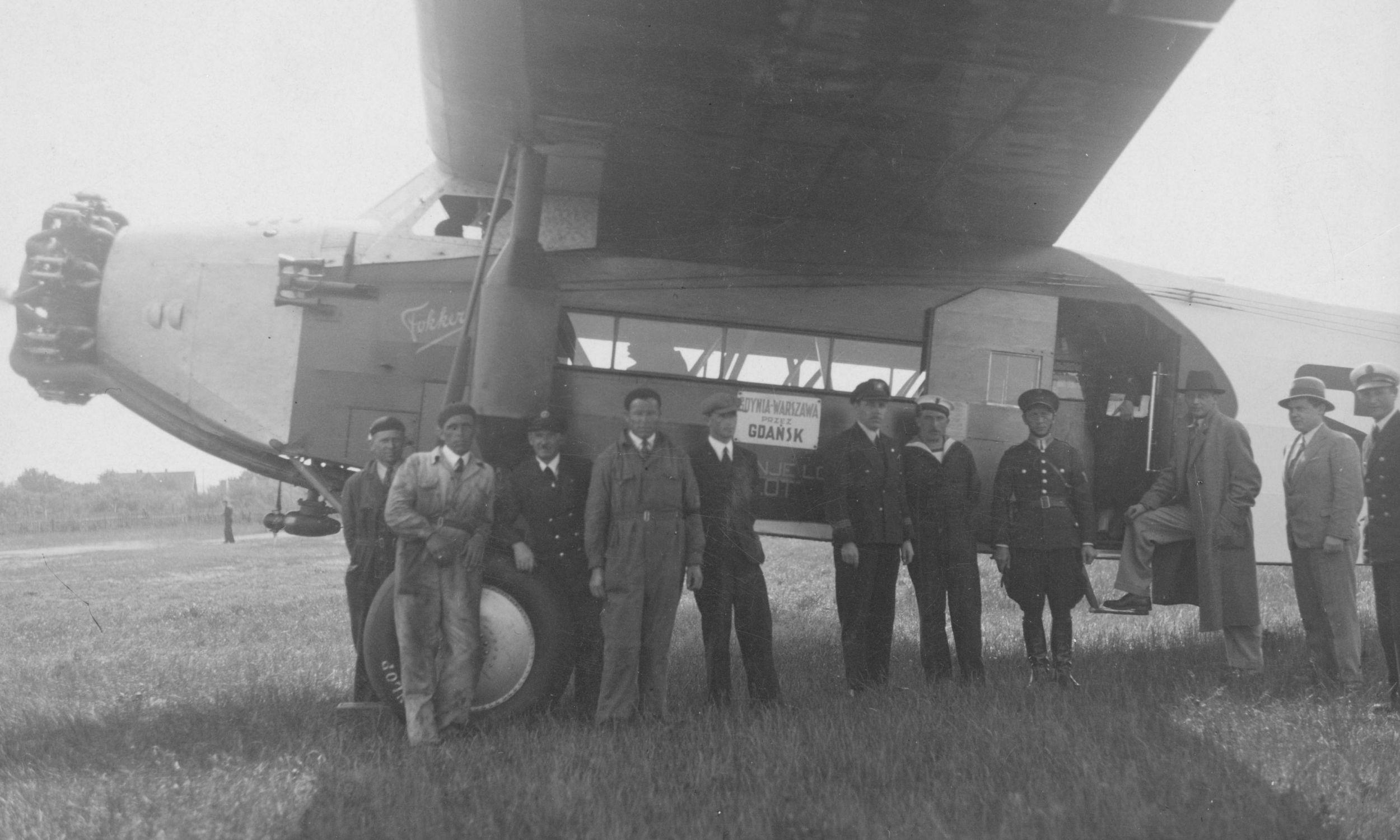 Holenderski Fokker wykorzystywany w polskich liniach. Na początku LOT dysponował 6 maszynami tego typu. Kursowały one m.in. z Gdyni przez Gdańsk do Warszawy. Fot. NAC