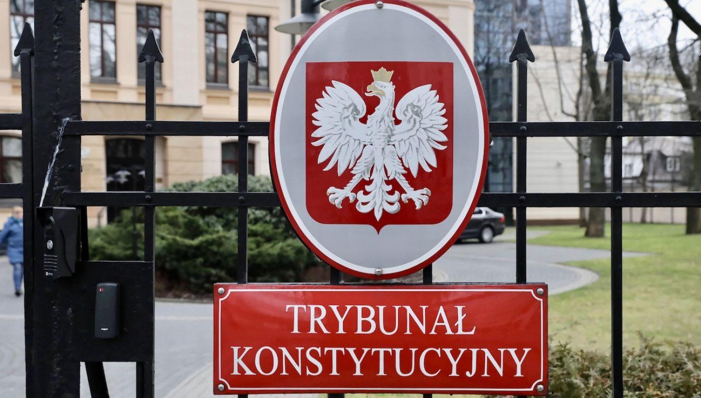 Do warszawskiego sądu okręgowego wniesiono 24 290 odwołań od decyzji o obniżeniu świadczeń emerytalnych na mocy tzw. ustawy dezubekizacyjnej (fot. arch.PAP/Tomasz Gzell)