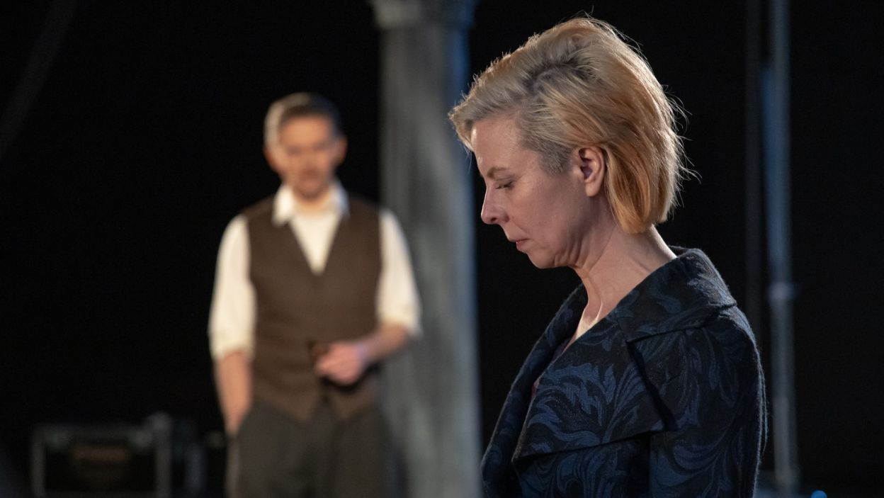 Emigracja może przynieść fortunę, jednak jej ceną jest rozłąka z narzeczoną Mary – w tej roli Agnieszka Roszkowska (fot. Arsen Petrovych)