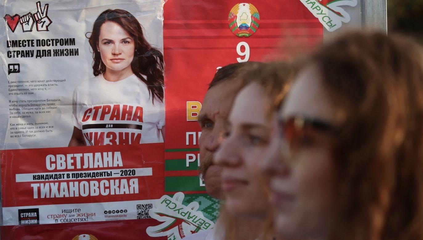 Politycy zdecydowanie opowiadają się za prawem Białorusinów do wolnego wyboru głowy państwa (fot. PAP/EPA/TATYANA ZENKOVICH)